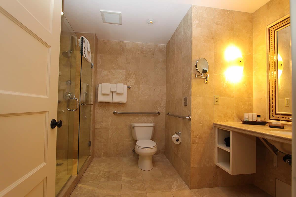 121-ada-king-walk-in-shower