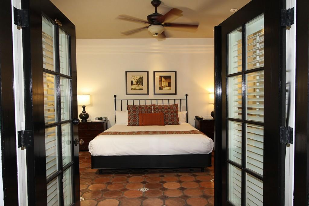 carmel bed & breakfast hotel guest room