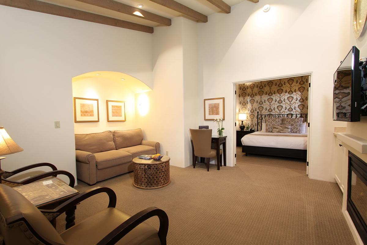 carmel hotel suites cypress inn carmel by the sea bed